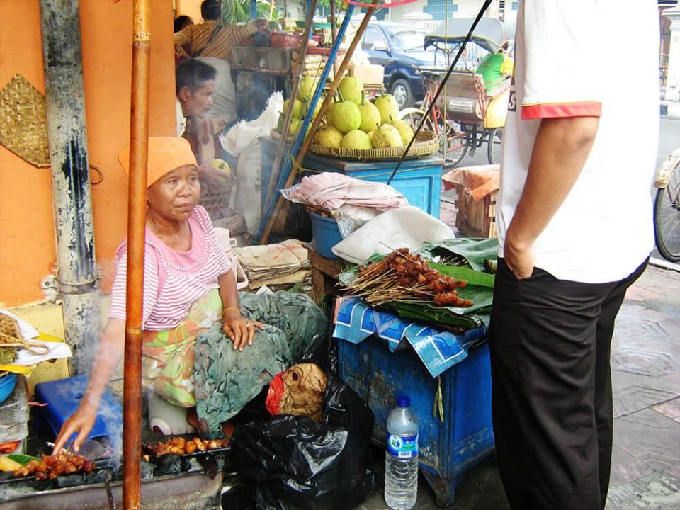 penjual sate keliling satay seller street food malioboro street jogjakarta agirlnamedclara