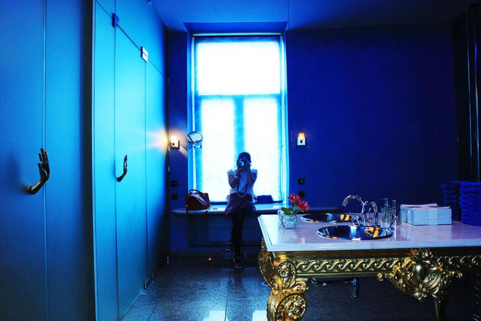 girl sitting selfie blue luxurious toilet high end restaurant Palkin St Petersburg Russia agirlnamedclara
