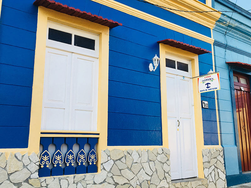 inamares cuban casa registered symbol‌ blue wall white doors virtual tour baracoa_agirlnamedclara