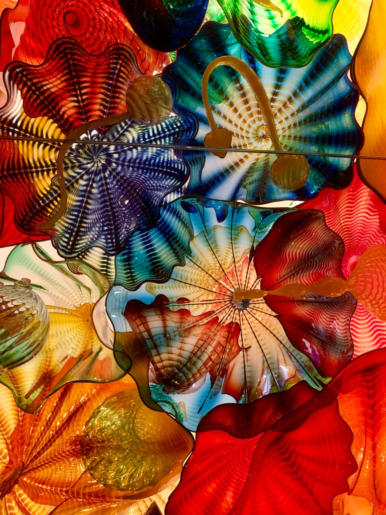 Chihuly's glass sculpture