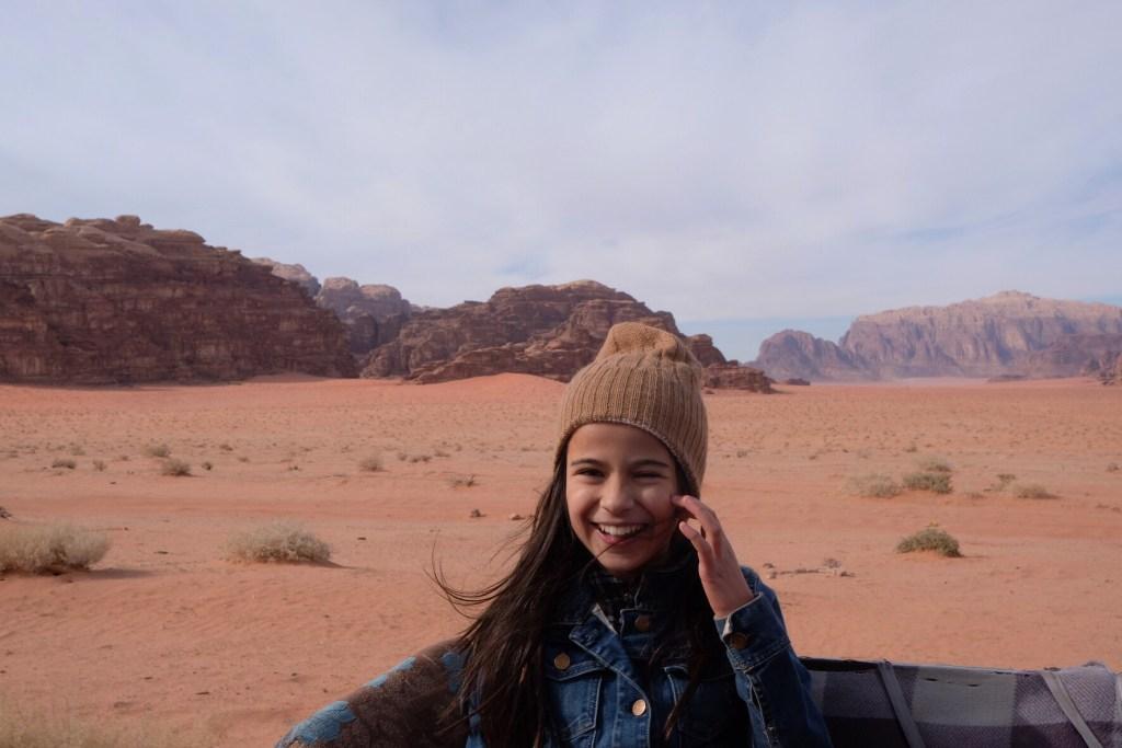 Mia in 4WD, Wadi rum