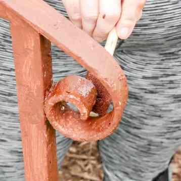 priming front porch railings