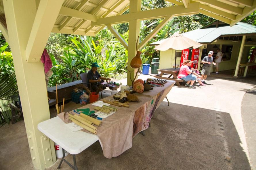 Hawaiian Crafts Waimea Valley