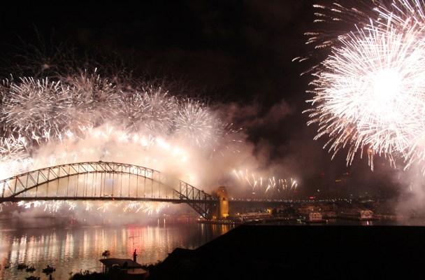 12 mind-blowing photos of New Year's Eve in Sydney