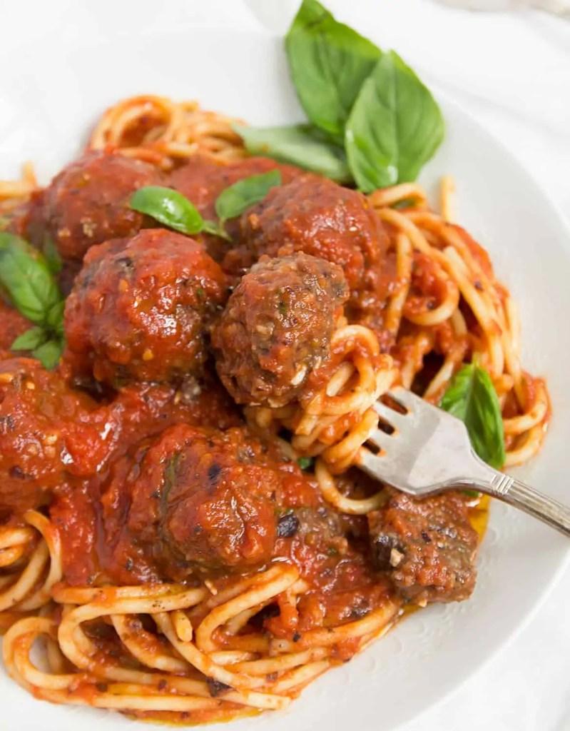 Vegan meatballs in Italian tomato sauce