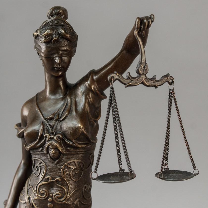 сам себе судья