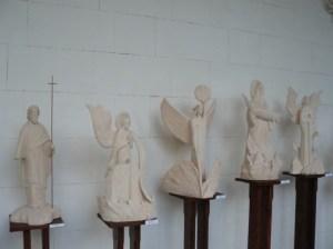 2 В Ливадийском дворце презентовали скульптуры киевского мастера