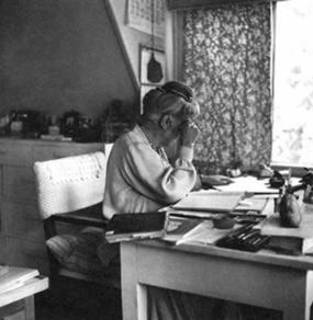 Е.И. Рерих в Калимпонге. 1950-е годы