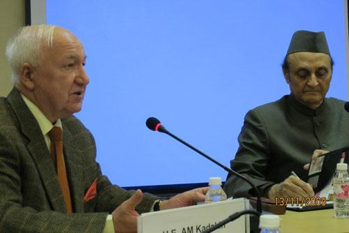 А.М. Кадакин и Каран Сингх