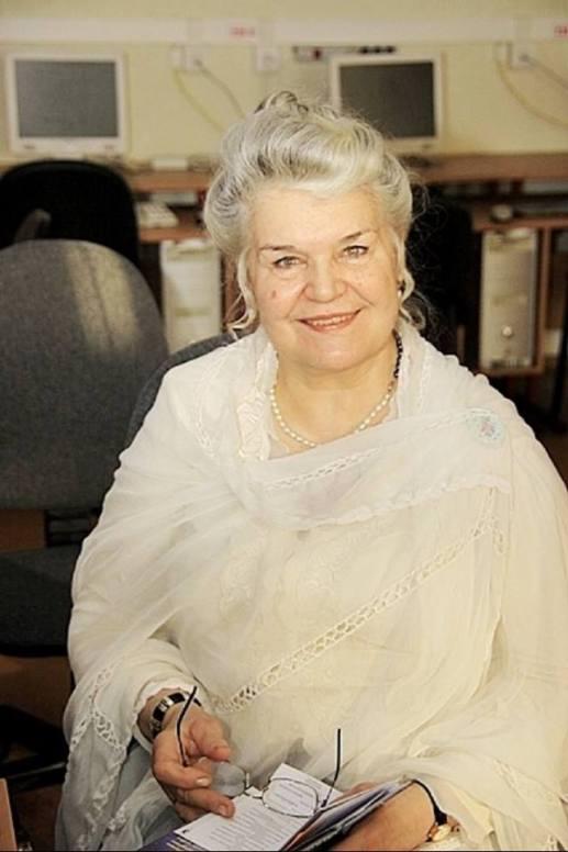 Марианна Рудольфовна Озолине Председатель Латвийского отделения Международного Центра Рерихов