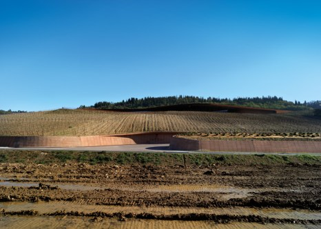 Dezeen_Antinori-Winery-by-ARCHEA-ASSOCIATI_ss_10