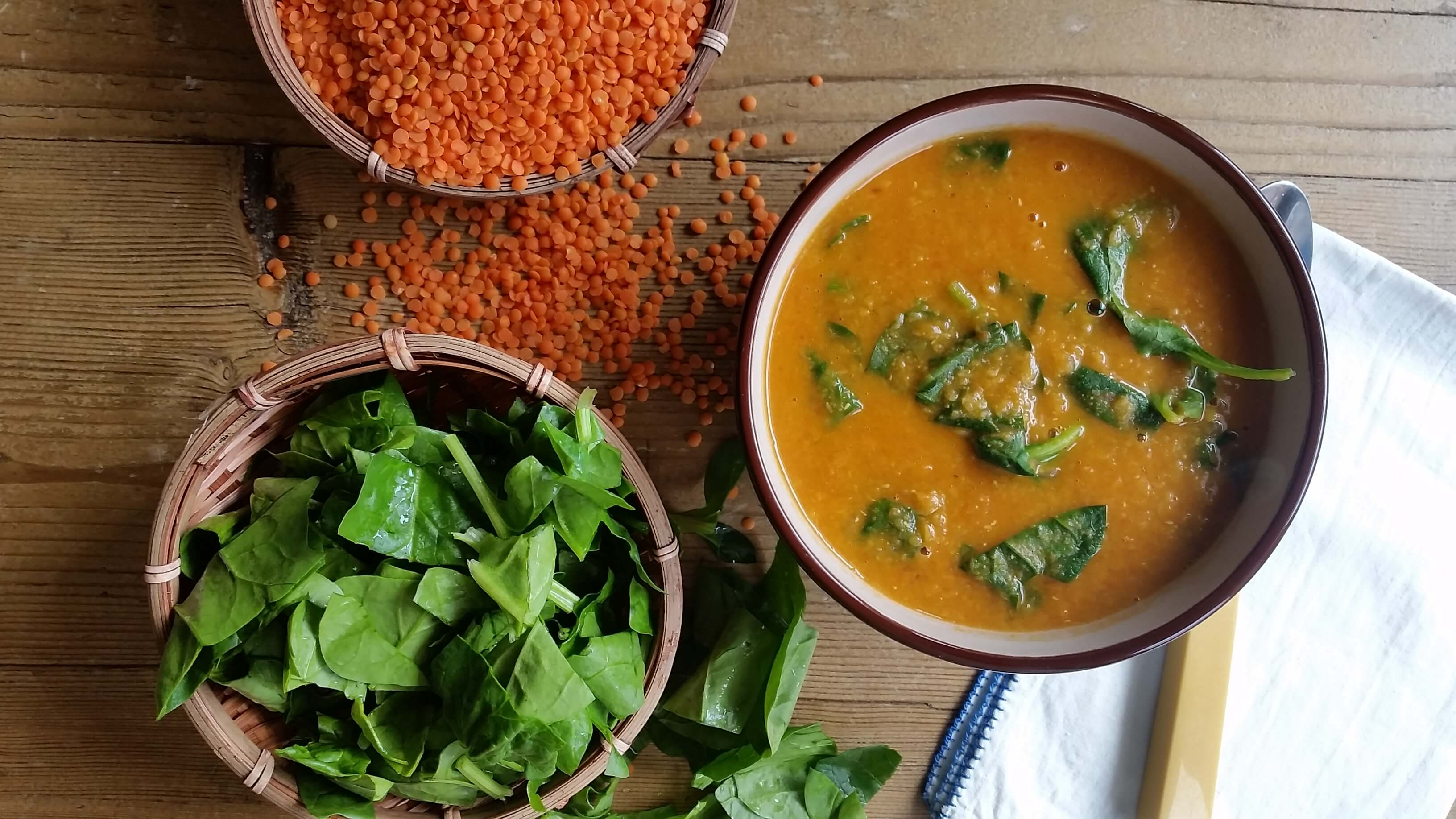Red Lentil Soup Recipe with Curry Powder and Spinach