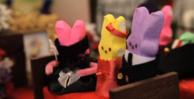 Peeps in mourning