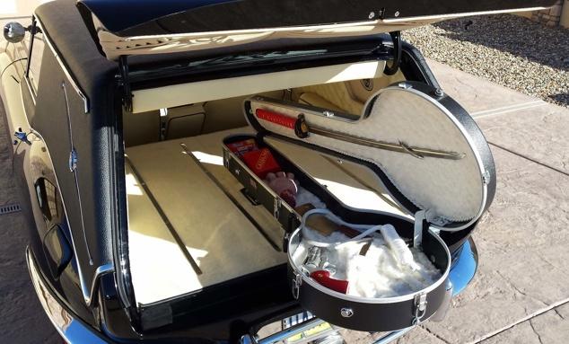 Jaguar hearse with banjo holder