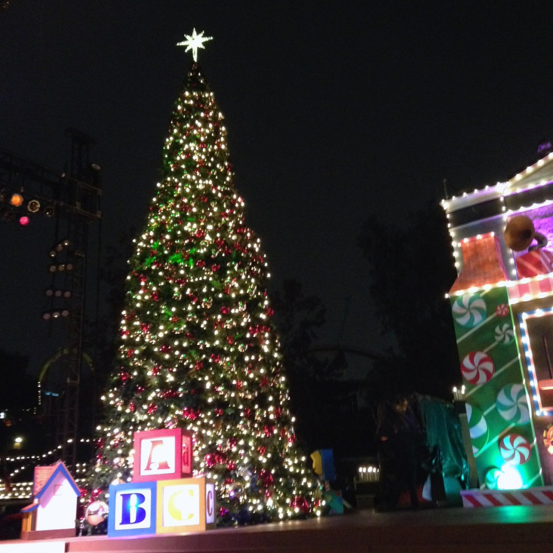 Christmas Tree at Knott's Merry Farm