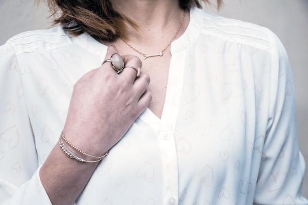 LC Lauren Conrad Arrow Necklace | A Good Hue