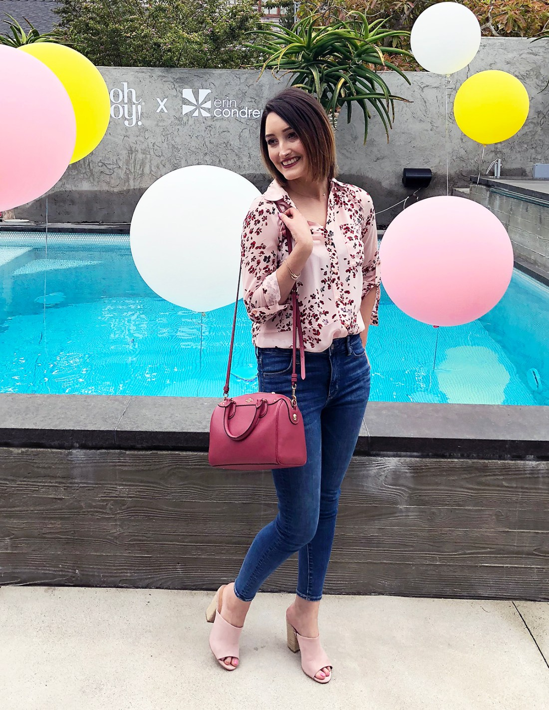 Spring Outfit: Floral Blush Top, Jeans + Blush Mules
