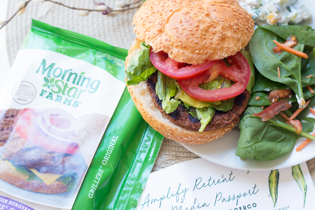 The Perfect Veggie Burger with Morningstar Farms at Kroger | A Good Hue #AmplifyOC