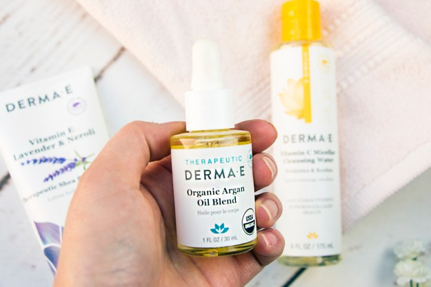 Review: Natural Skincare with Derma E: Organic Argan Oil Blend | A Good Hue