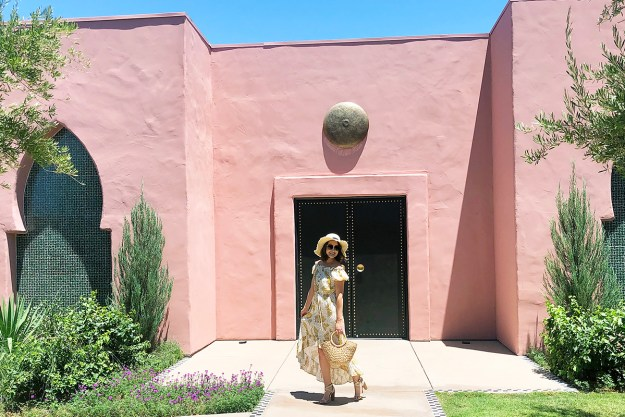 Tropical Vibes in Palm Springs at Sands Hotel | A Good Hue