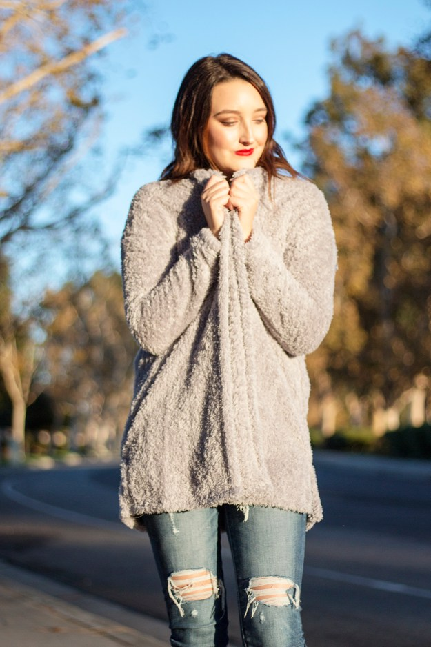 Fall fashion look with Ellen Tracy Cardigan | A Good Hue