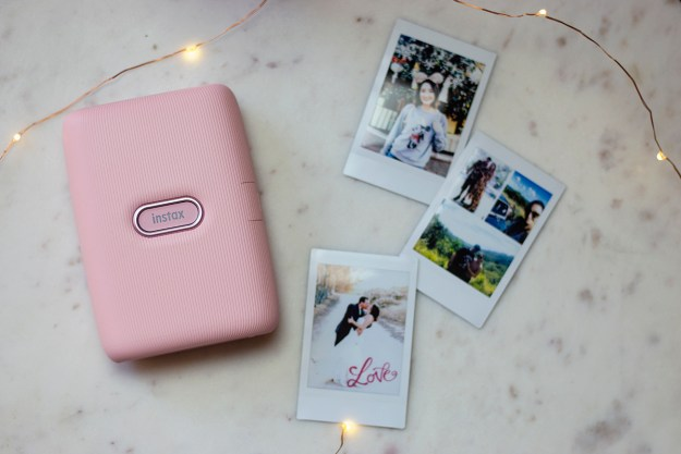 Making Holiday Memories with Instax Mini Link Printer | A Good Hue
