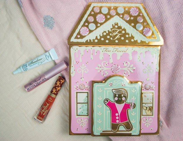 Beauty Gift Idea: Too Faced Christmas Cookie House Party | A Good Hue