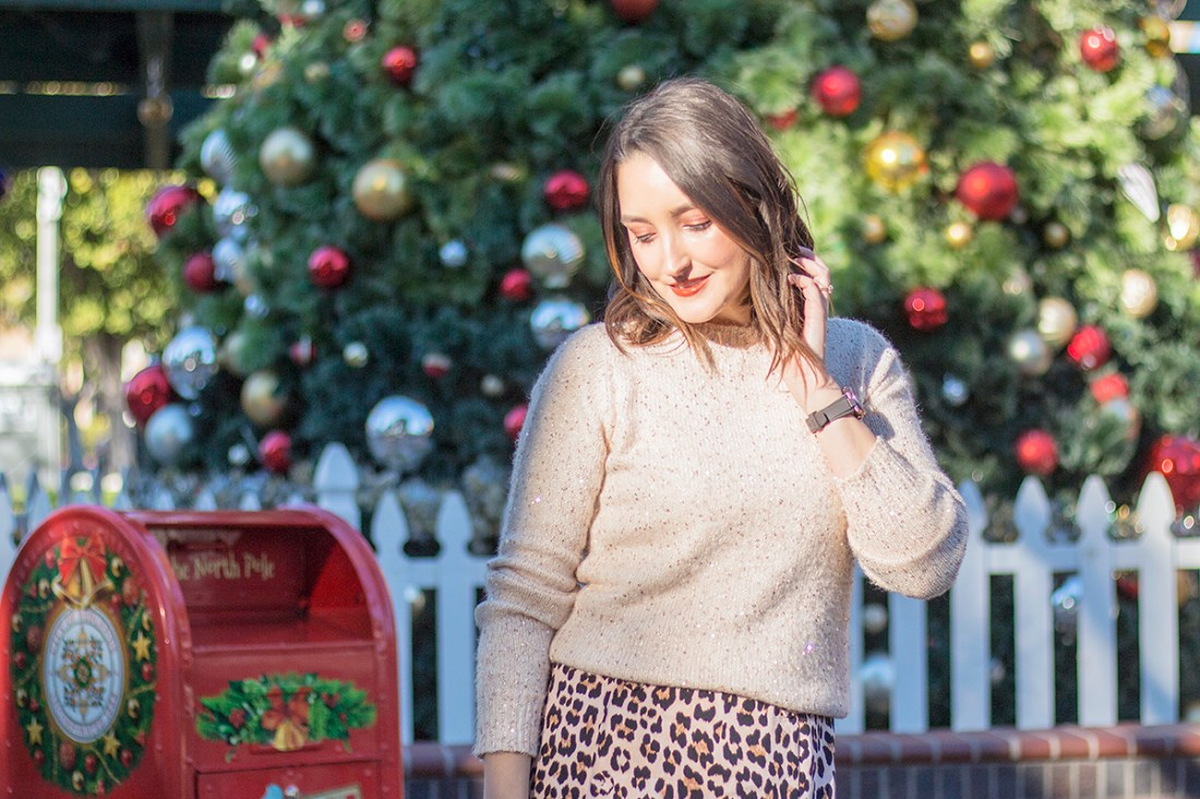 Cute Holiday Outfit | A Good Hue