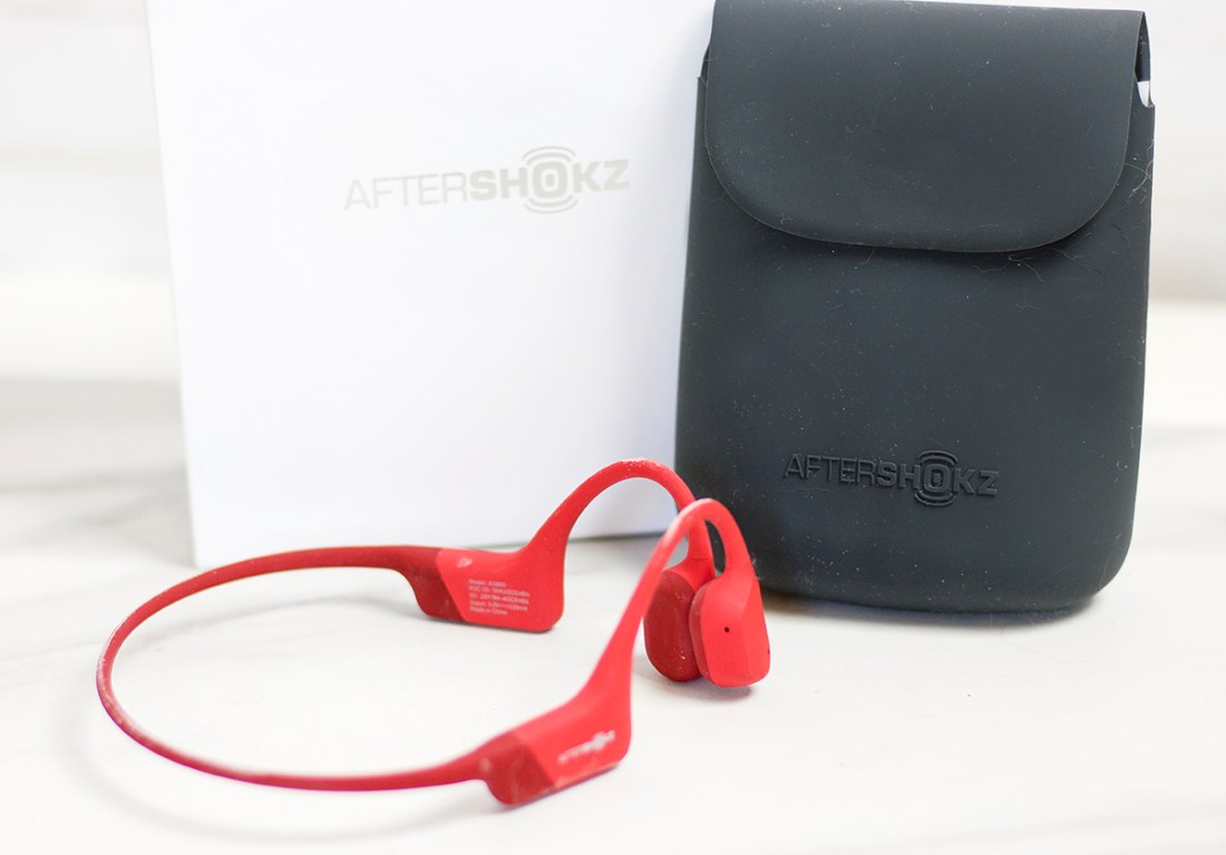 Review: AfterShokz Solar Red Aeropex Wireless Headphones | A Good Hue