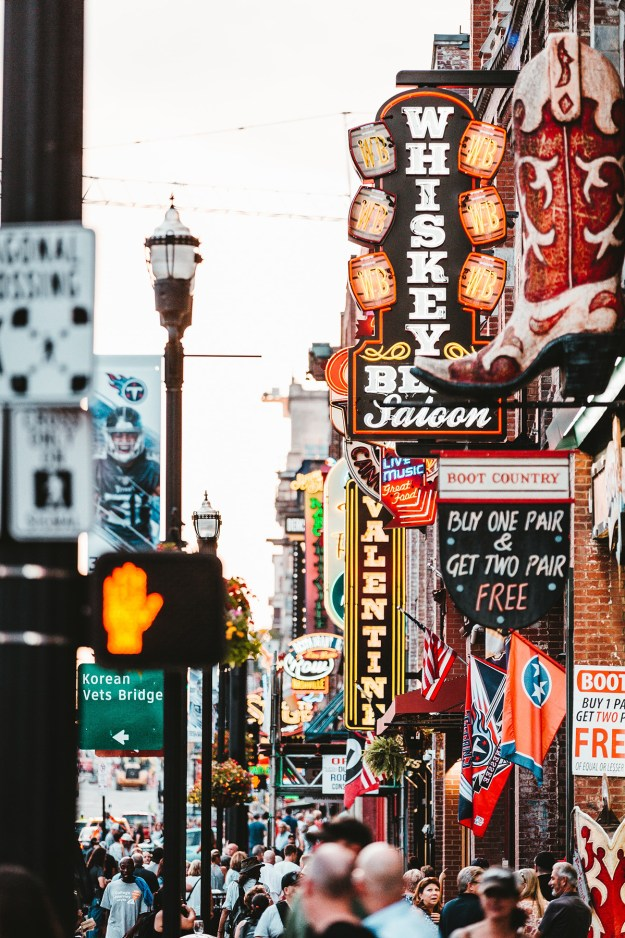 5 Places to Travel in the US- Nashville | A Good Hue