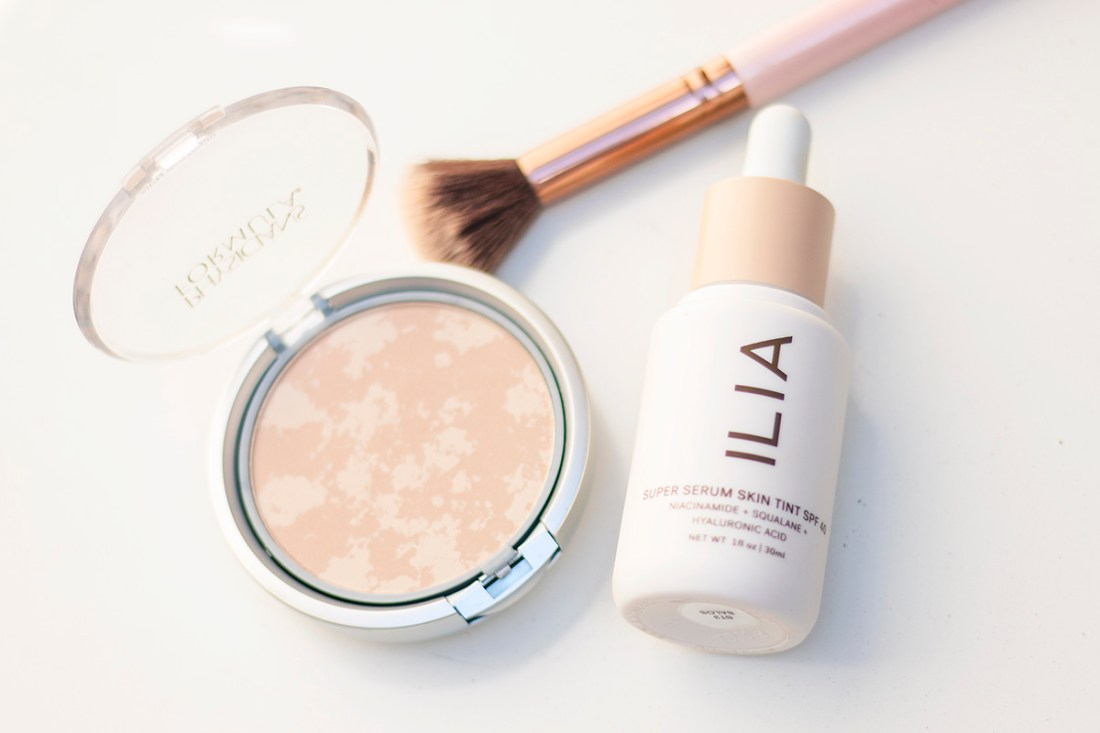 Non-Comedogenic Makeup for Healthy Skin | A Good Hue