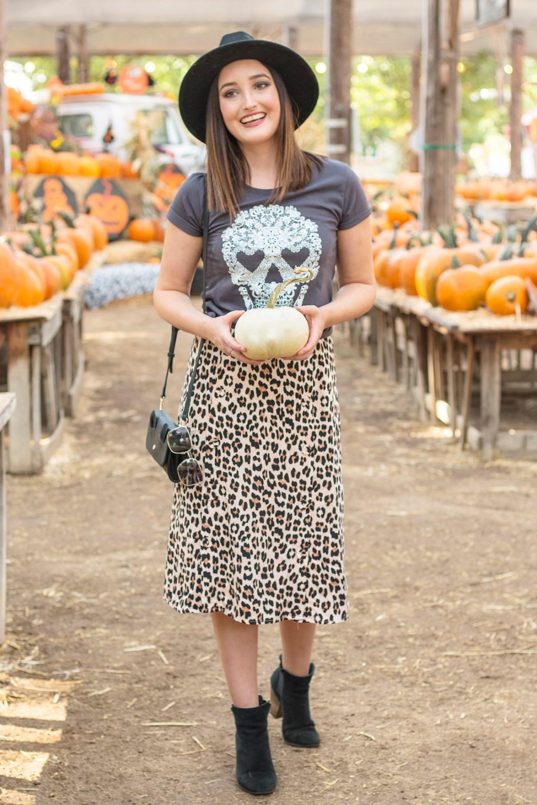 Fall Style: Graphic Tee & Leopard Midi Skirt | A Good Hue