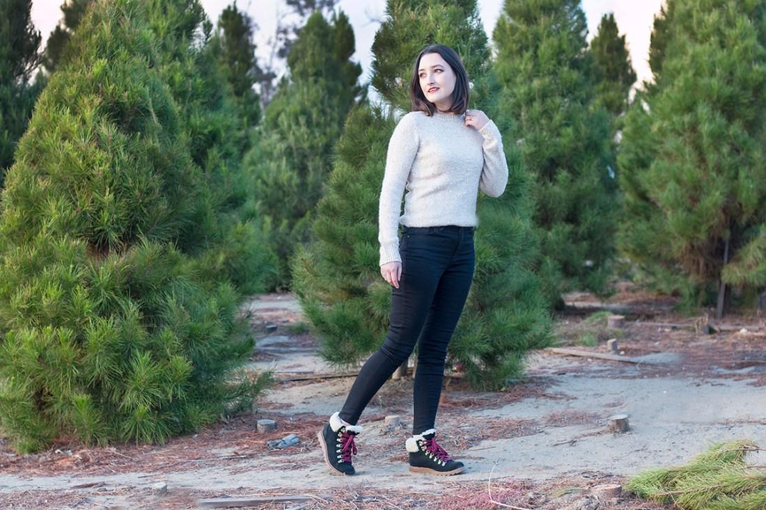Christmas Tree Farm Photoshoot | A Good Hue
