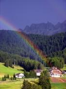 Arcobaleno su Hotel Alaska - Selva Gardena