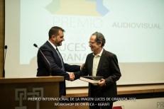 """El Presidente de Agrafi hace entrega placa homenaje a la ONG """"Sahara Conmigo"""" - la representa Antonio Marín."""