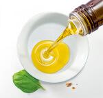 aceite de oliva en plato