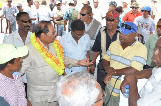 Prime Minister Moses Nagamootoo engaging farmers after the commissioning of the Lima pump station