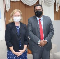 American Ambassador pays courtesy call to Agri. Minister