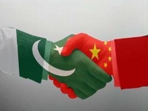 Pakistan-ChinaHandshake