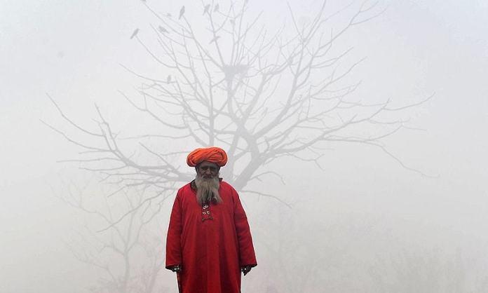 Unserdstanding smog in Lahore