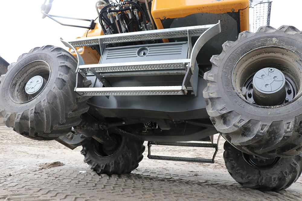 Liebherr A914 - een machine om bergen mee te verzetten - Agri Trader praktijktest (3)