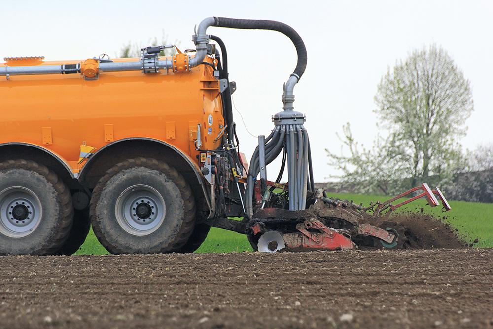 Veenhuis Eco Line mesttank Waar eenvoud volstaat en high-tech loont - Agri Trader Test Jaarboek (11)