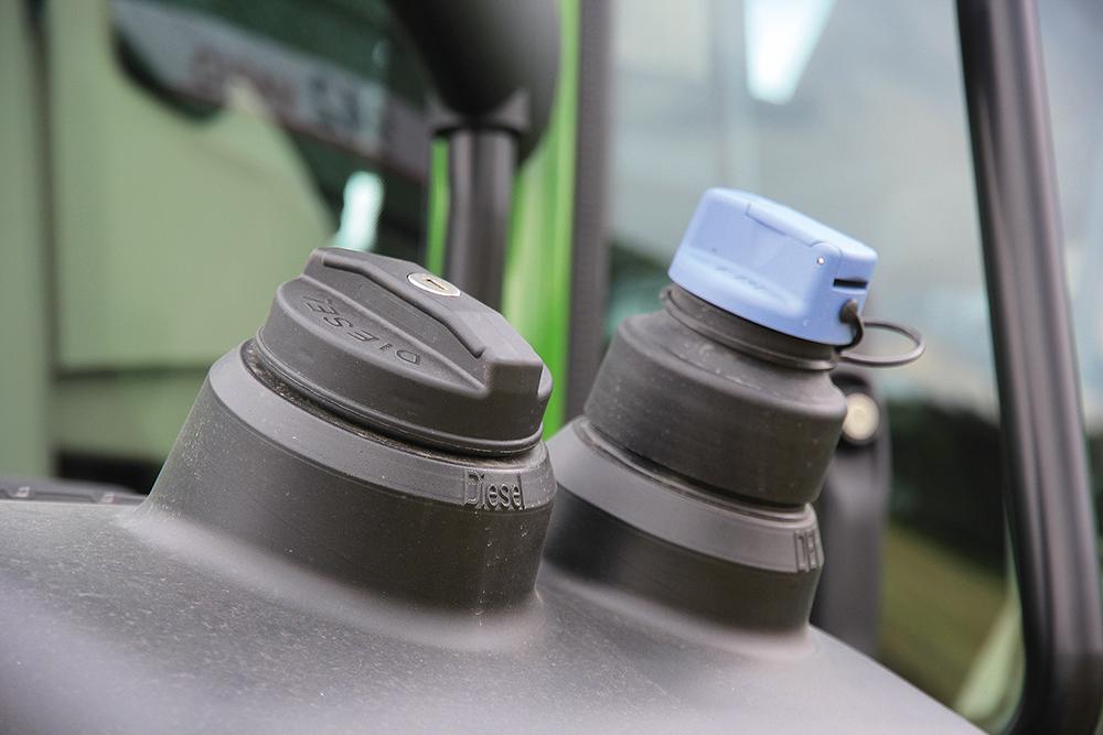 Fendt-900-Vario-Grotere-cilinderinhoud-minder-toeren-Agri-Trader-Test-Jaarboek-8