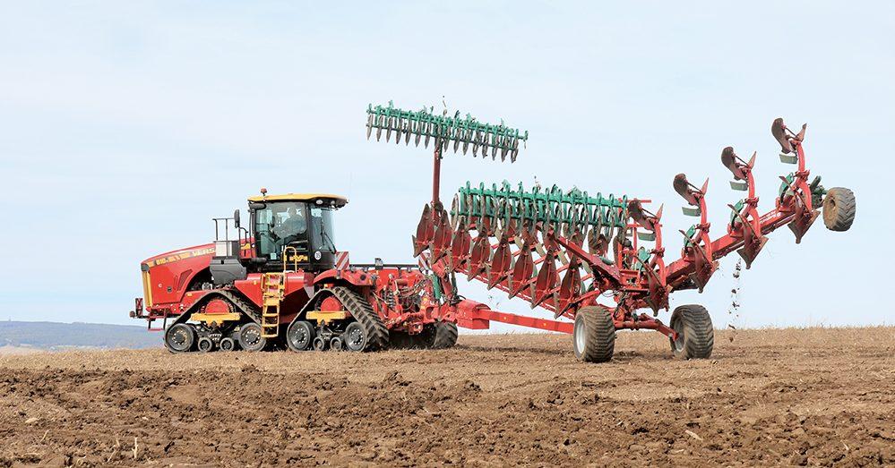 De Versatile kniktractor - een exoot op Europese bodem Agri Trader Test Jaarboek (21)