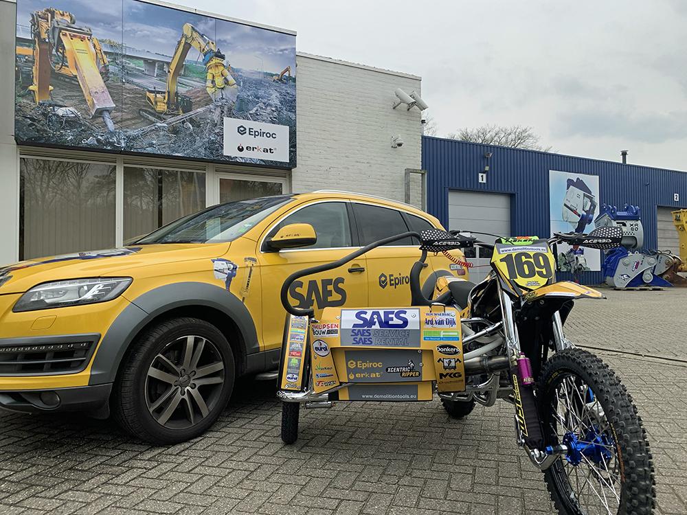 Wachten op de start - zijspancrossteam Van Dijk en Van der Putten - Agri Trader (2)