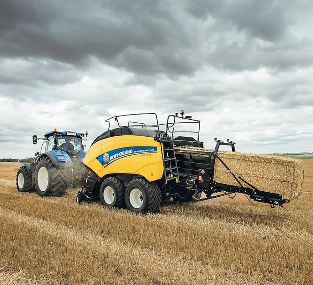 Verbeterd New Holland BigBaler serie - Agri Trader test jaarboek (21)