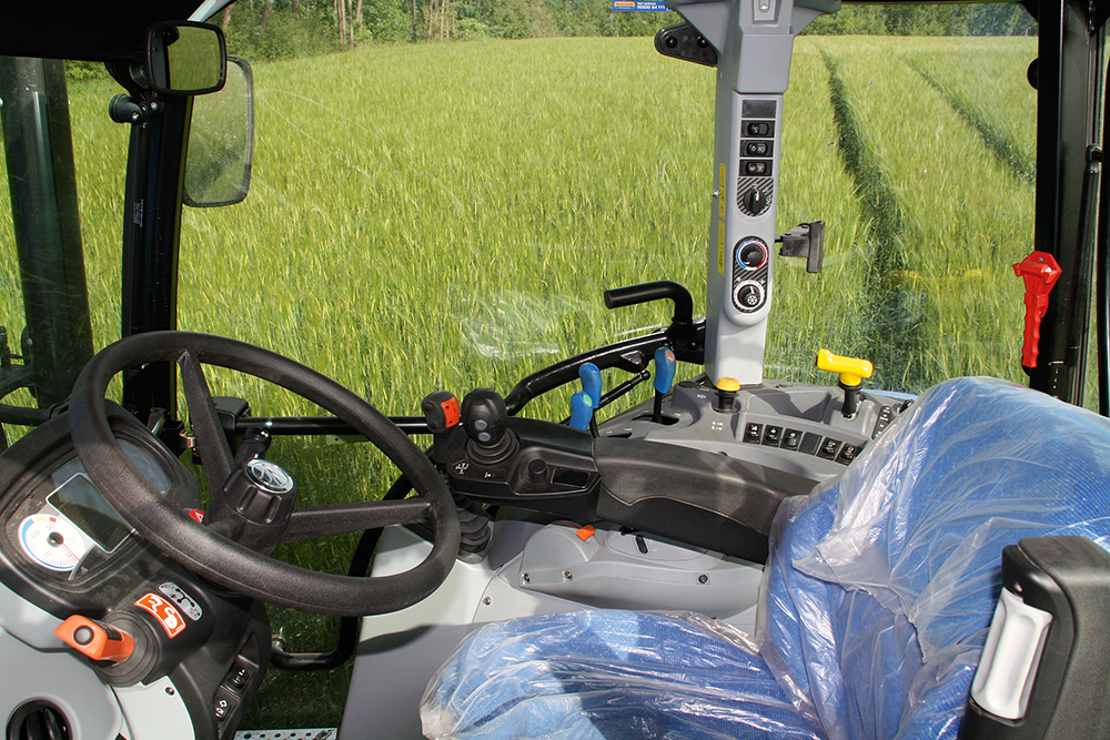 Goed uitgerust - New Holland T5.105 Electro Command getest (6)