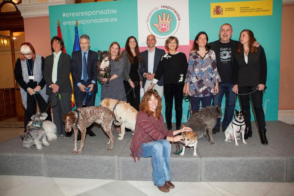 Sumando conciencias y compromisos a favor del cuidado y respeto de los animales de compañía