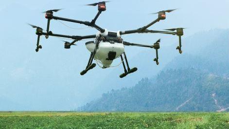 Épandage aérien de produits phytosanitaires par drone
