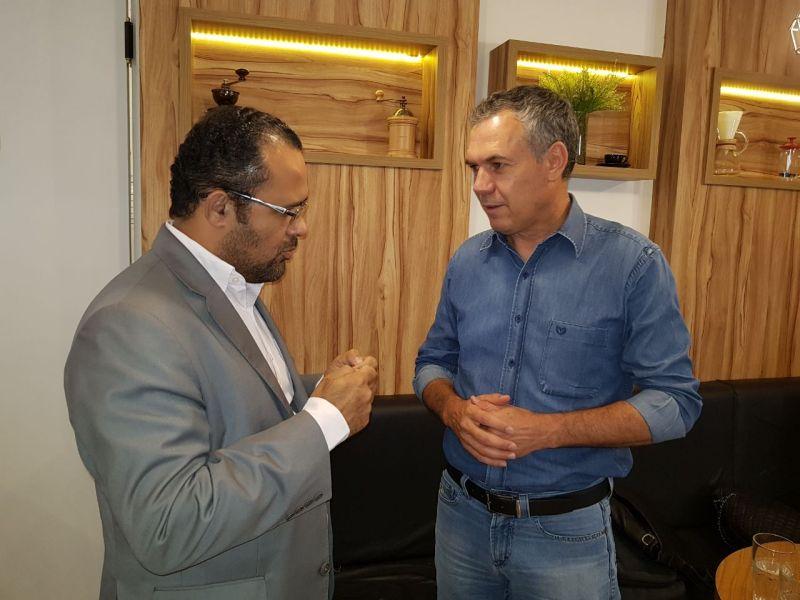 Presidente da Amams Zé Reis e o Deputado Federal Zé SIlva